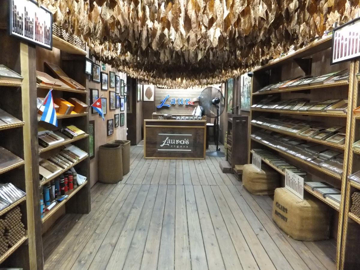 Luros shop Playa del Carmen