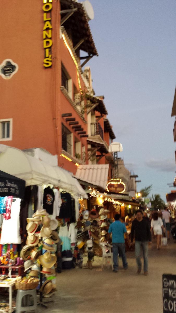 Isla Mujeres downtown