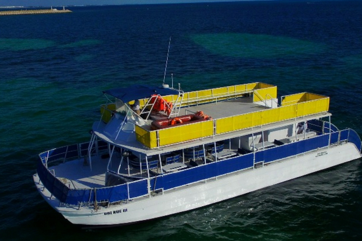 Big 2 story boat to Contoy