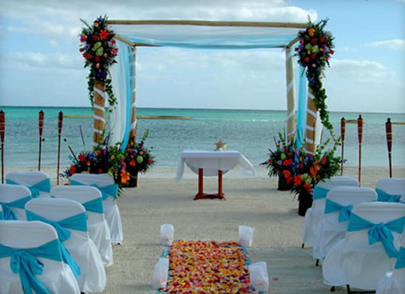 Romance at Riviera Maya